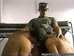 gruppen-sex uniform