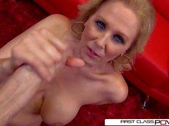 blondiner avsugningar stora bröst