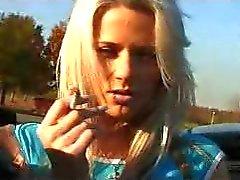 blondiner fingersättning offentlig nakenhet