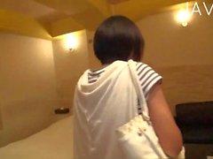 asiatique gros seins japonais baiser