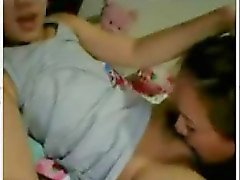 Two lesbian teens fucking eachother live
