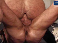 кортик шест титаны несут большие петух брюнетка титан мужчины титан