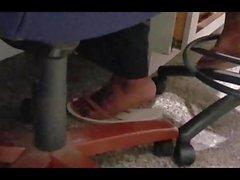 dilettante feticismo del piede collega di cadute di vibrazione