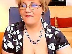 любительский задница большие сиськи жир бабушка