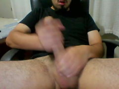 Brazilian Str8 Guy Jerks His 20cm Cock and Shoots Huge Loads