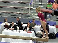 Lovely blonde gymnast with a big beautiful butt !