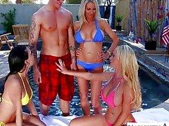bikini quartetto pornostar grande - tits