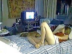 hidden mast on bed