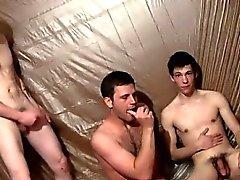 blowjob гей гомосексуалисты gay групповой секс предлагаю к гомосексуалистам мастурбация геев