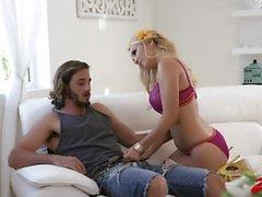 masturbation le sexe oral mature blond petits seins