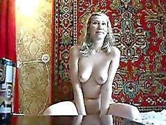 amatör büyük göğüsler sarışın oral seks milf
