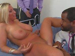 sexo oral rubia mamada pornstar cum shot