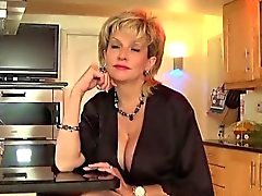 big boobs blondine briten fetisch masturbation