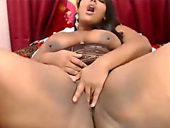 Squirting latina Eva with enormous huge booty