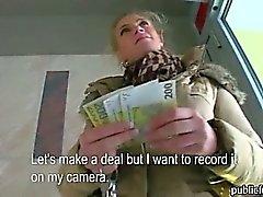 amateur big tits blondine europäisch