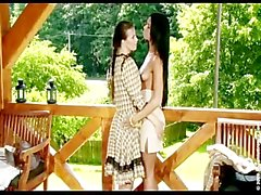 ashley bulgari lesbisch teenager kleinen titten europäisch