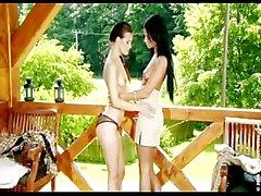 ashley bulgari lesbica adolescente di modesta tette europeo