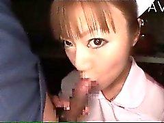 asiatico pompino giapponese adolescente uniforme