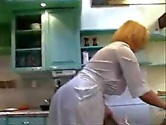 amazing stepmom at kitchen