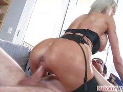 masturbation le sexe oral domination mature gros seins