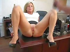 amateur bdsm blond masturbatie