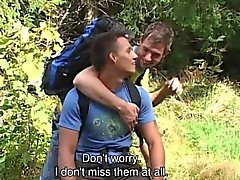 suga av gayvänligt europa gayvänligt homofile glad utomhus gay gays bög