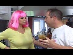 leah stevenson de marc cummings de color rosa - el pelo morena