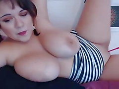 busty gorgeous chubby big natural boobs