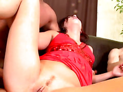 Glamcore euro has double penetration in three-some