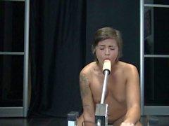 Fuck Machine Make Me Squirt - La Fuck Machine m'fait gicler by Vic Alouqua