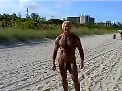 гей пляж большие члены