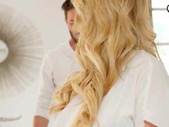 babe blondin avsugning