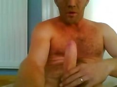 Married Daddy wanking at work