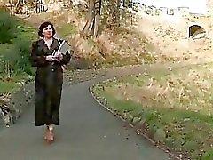 abuelita al aire libre pelirrojas