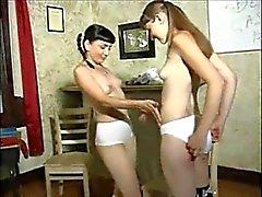 femdom lesbiche sculacciata