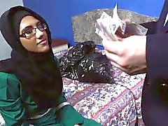 Pretty Arab gal suck a big English cock for a room