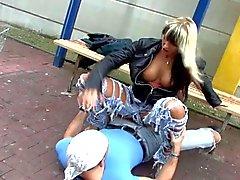 amatööri blondit saksa hardcore julkinen alastomuus