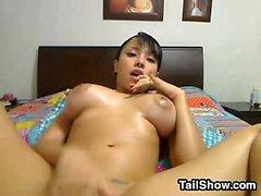amador peitos grandes masturbação solo webcam