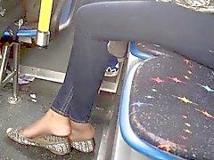 amateur fétichisme des pieds cames cachées étudiante voyeur
