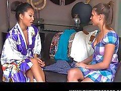 lesbica masturbazione sesso orale caucasico