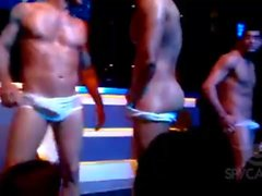 homosexuell amateur latein muskel striptease