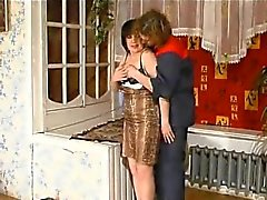 Sexy housewife sensations and fucks the delivery man