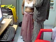peitos grandes indiano amadurece chuveiros softcore