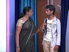 Indian House Wife Aunty Romance with Teenage Boy fan