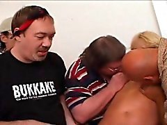 anal blond pipe éjaculation
