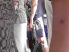 big butts cames cachées étudiante upskirts