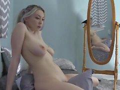 masturbar-se grande peitos travesseiro bunda masturbação transando na webcam
