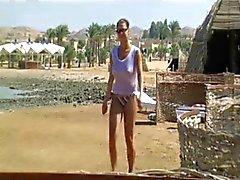 amateur plage masturbation nudité en public