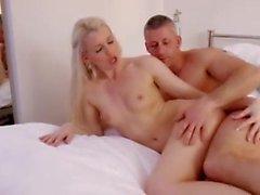 cunnilingus pai europeu lingerie esposa